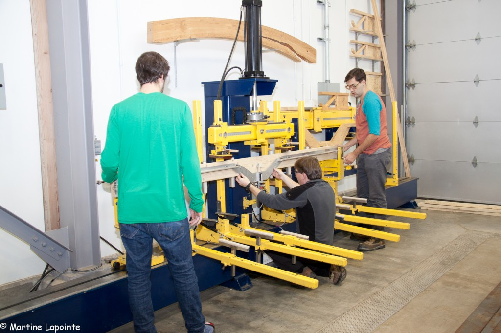 Bending test bench