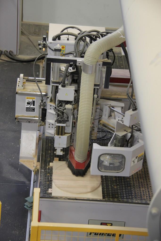 Centre d'usinage 3 axes à commande numérique