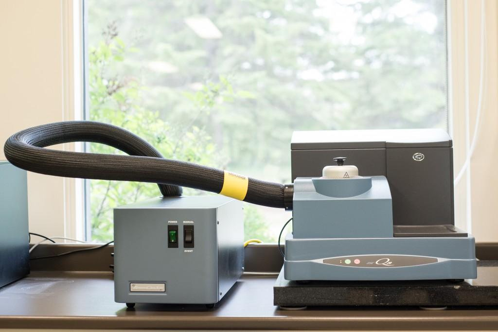 Appareil d'analyse thermique différentielle à balayage